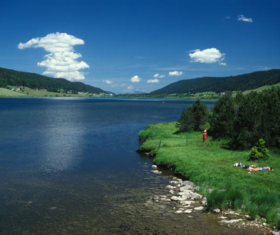 Lac des Rousses : baignade gratuite
